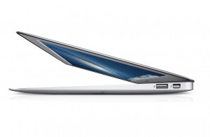Apple MacBook Air MD223HN A 11-inch Laptop2