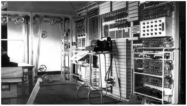 First electronic digital programmable computer Designed by Tommy Flowers